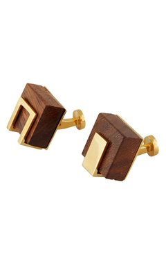 Gold cufflinks with handcrafted wood cubes