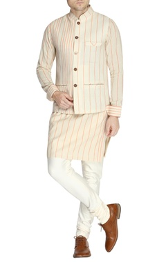 White & orange stripe print kurta set