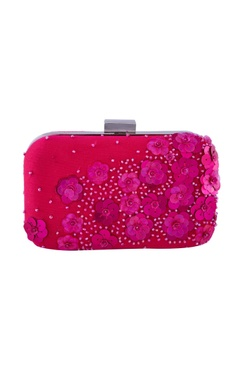 Pink clutch with floral embellished motifs