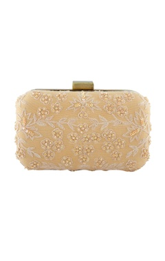 Beige clutch in floral thread embroidery