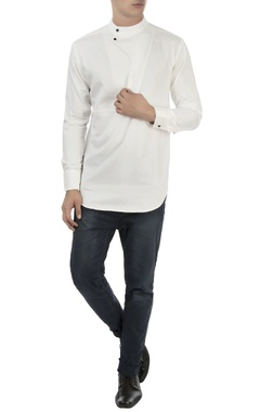 Vaibhav Singh White textured shirt with high collar