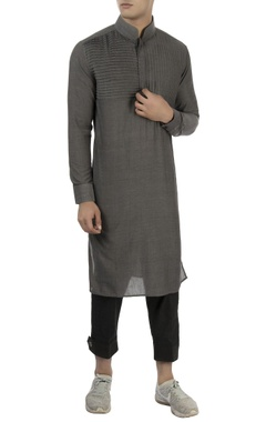 Vaibhav Singh Grey kurta with pleated panel