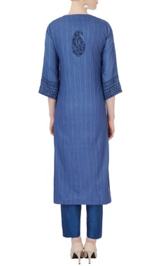 blue floral kurta & cigarette pants