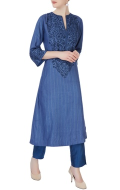 blue chikan embroidered kurta set