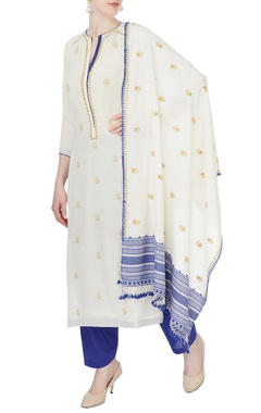 white & blue floral kurta set
