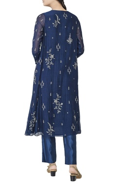 Blue dori embroidered kurta set