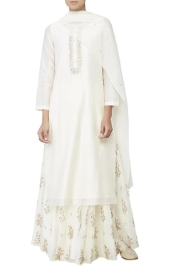 White dori embroidered kurta set