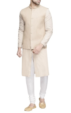 Beige pintucked bundi with kurta