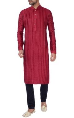 Red box pleated kurta