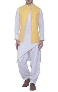 Yellow front open bandhgala set