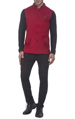 Maroon semi-pashmina jacket