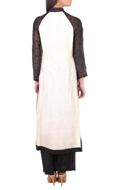 Black & white embellished kurta set