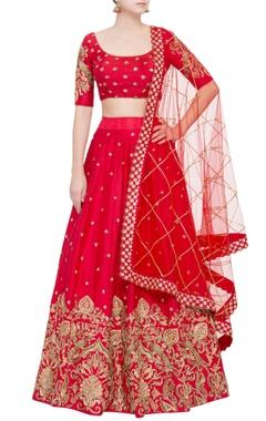 Mrunalini Rao Red raw silk sequin lehenga set