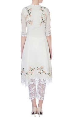 white rose motif embellished kurta set