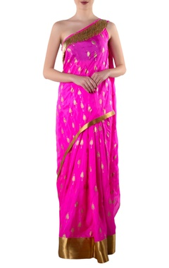 pink one-shoulder sari with blouse piece
