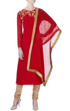 red machine embroidered kurta set