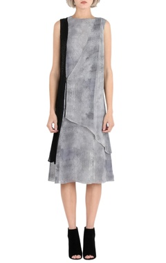 Rohit Gandhi + Rahul Khanna Grey printed overlap dress