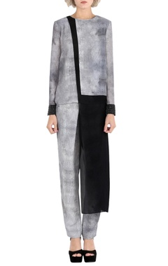 Rohit Gandhi + Rahul Khanna Grey printed draped top