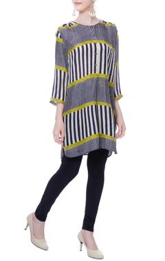 muticolored striped tunic
