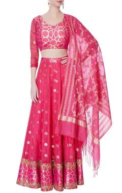 pink brocade lehenga & blouse with dupatta