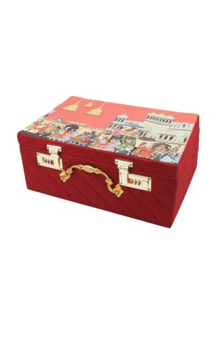 red mevar mahal printed trunk