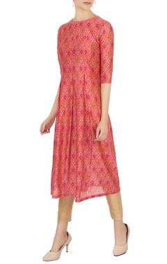 pink sanganeri printed pleated kurta