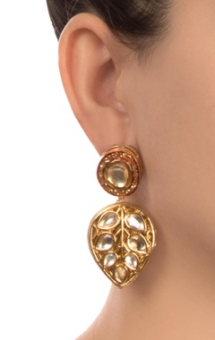 Gold semi-precious gold plated earrings