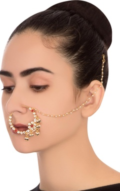 Red semi-precious stones gold plated nose ring