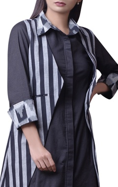 Black & grey ikat printed kurta set