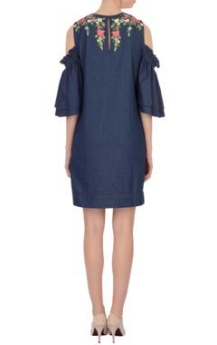 blue floral embroidered shift dress