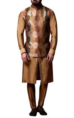 Kunal Anil Tanna - Men Beige hexagon patchwork jacket set
