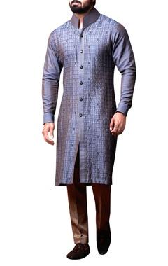 Kunal Anil Tanna - Men Grey pleated kurta & beige trousers