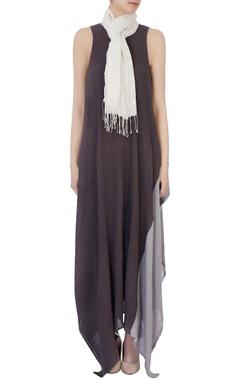 White hand-woven cotton scarf
