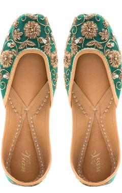 Vian Emerald zardozi embroidered jootis
