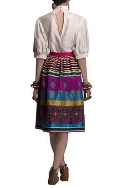 multicolored embroidered short skirt