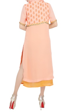 Peach embroidered knee-length tunic