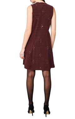 plum sleeveless a-line dress