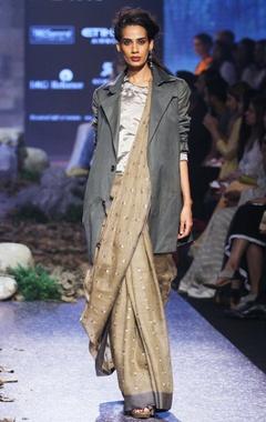 brown jamdani handloom sari