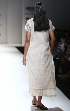 white dot motif long kurta with inner
