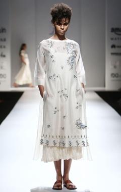 ivory dabka embroidered kurta & inner
