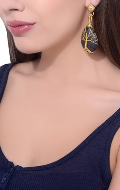 Black onyx gold plated earrings