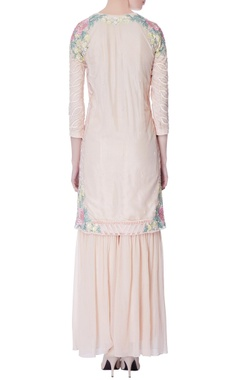 peach floral embroidered kurta set