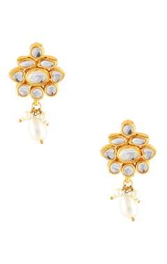 Gold kundan earrings with faux pearls