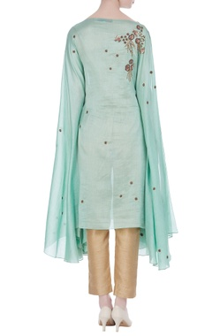 Embroidered tunic with flared sleeves