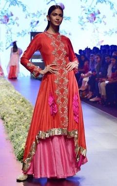 Anushree Reddy Red chanderi zardozi kurta with slip