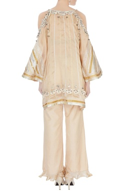beige cold-shoulder kurta with flared pants & dupatta