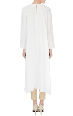 White crepe silk bead embroidered neckline kurta