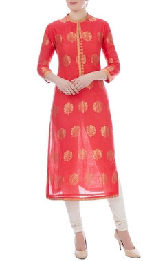RAR Studio Peach chanderi handloom embroidered kurta