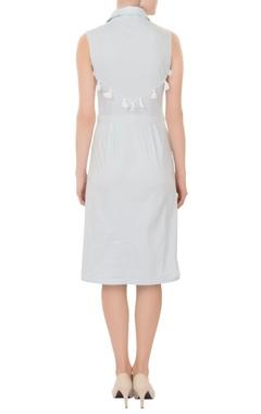 pale blue sleeveless shirt midi dress