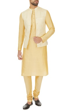 Narendra Kumar - Men Beige linen solid kurta with churidar & printed bundi